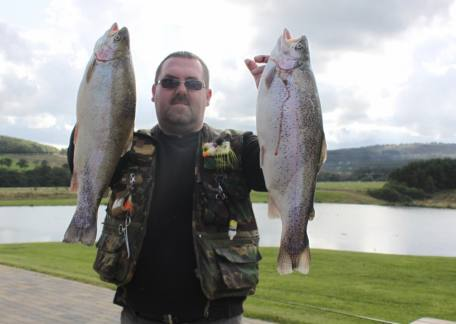 Stu Ward from Westerhope landed 8 fish keeping 3 for 15lb 10oz on a black damsel with a blue flash