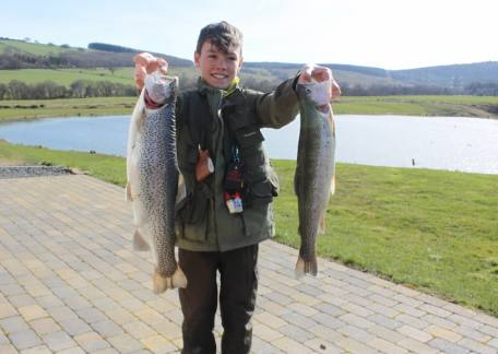13 year old Harrson Douds achieved his Personal Best with a 4lb 10oz rainbow on diawl bach