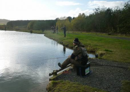 Anglers trying their luck during the Charity competition for NN Hospice